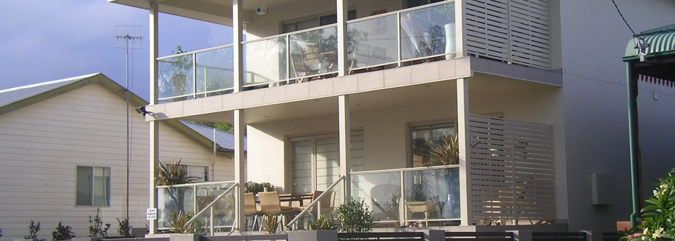 Aluminium balustrades 127