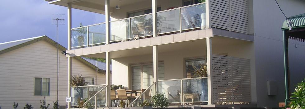 Kwikfynd Aluminium balustrades 202