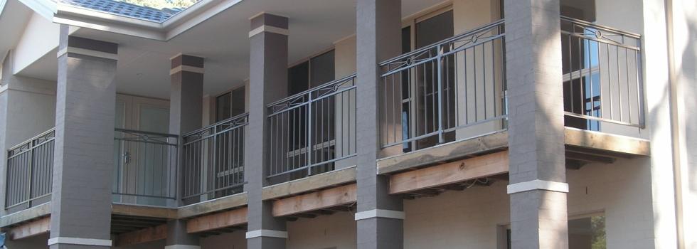 Kwikfynd Aluminium balustrades 216