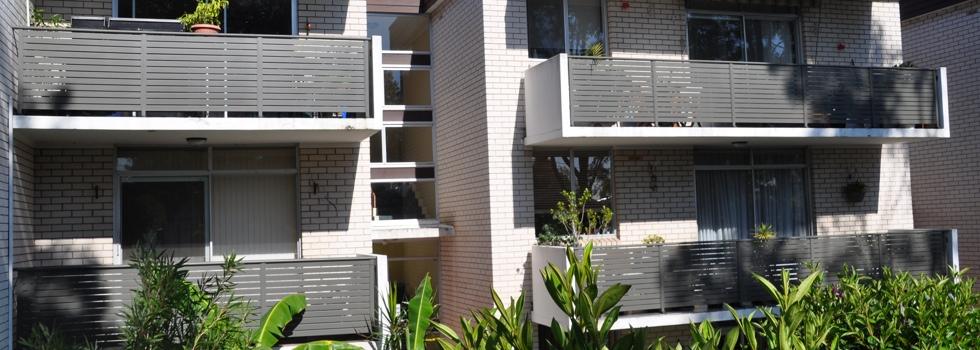 Kwikfynd Aluminium balustrades 27