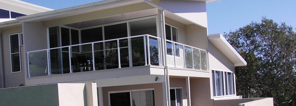 Kwikfynd Aluminium railings 100