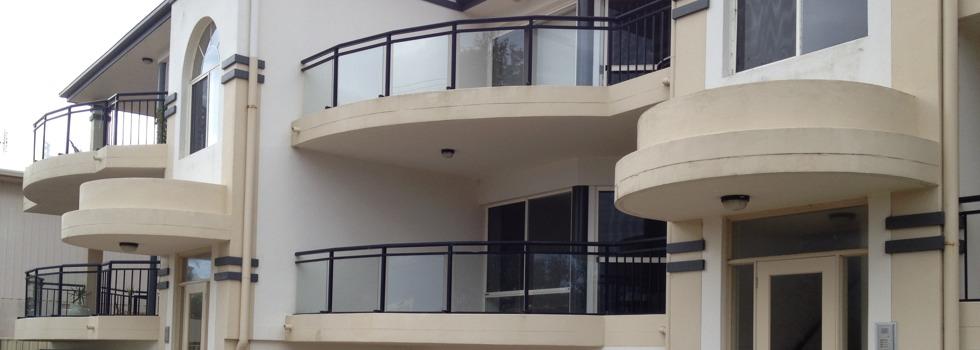 Kwikfynd Aluminium railings 110