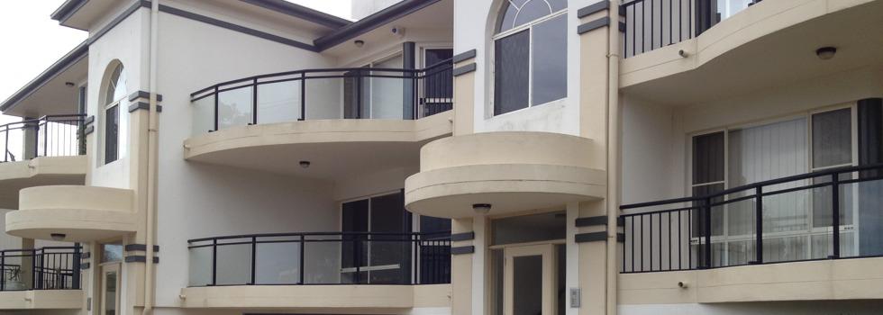 Aluminium railings 114