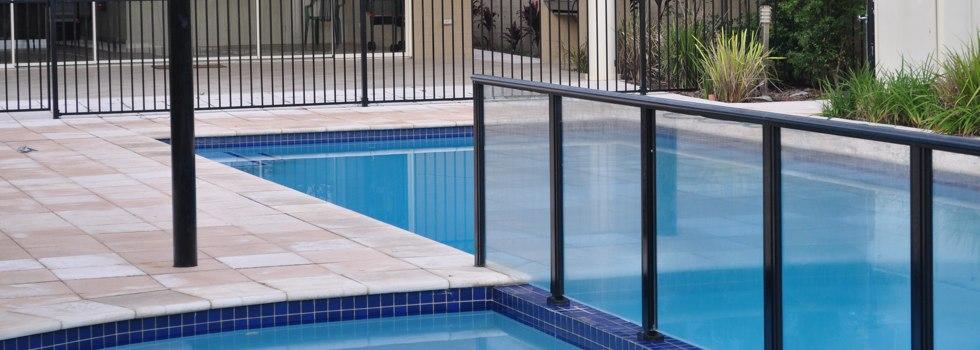 Kwikfynd Aluminium railings 142