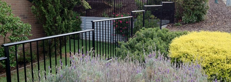 Kwikfynd Aluminium railings 149