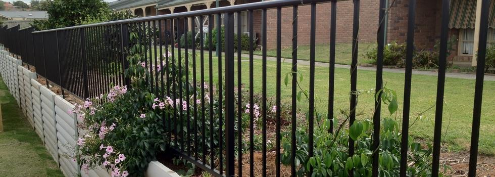 Kwikfynd Aluminium railings 155