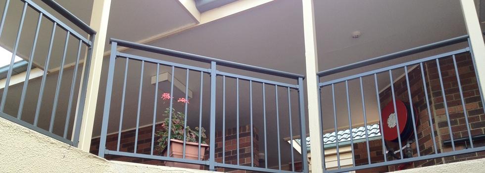 Kwikfynd Aluminium railings 162