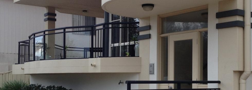 Kwikfynd Aluminium railings 17