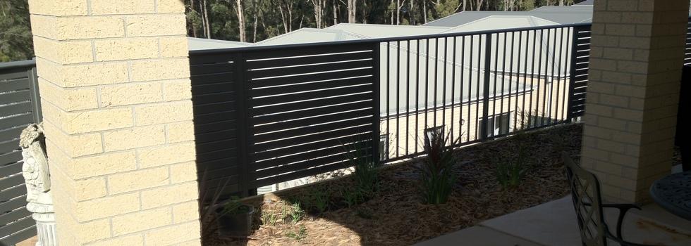 Kwikfynd Aluminium railings 179
