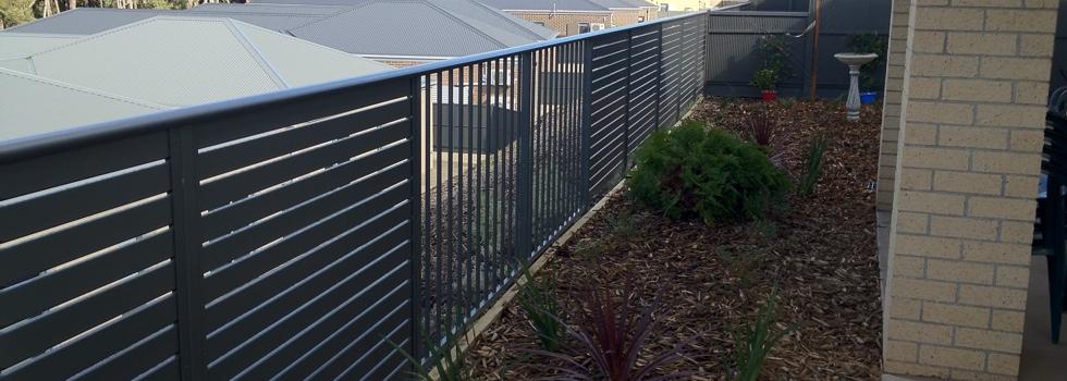 Kwikfynd Aluminium railings 181