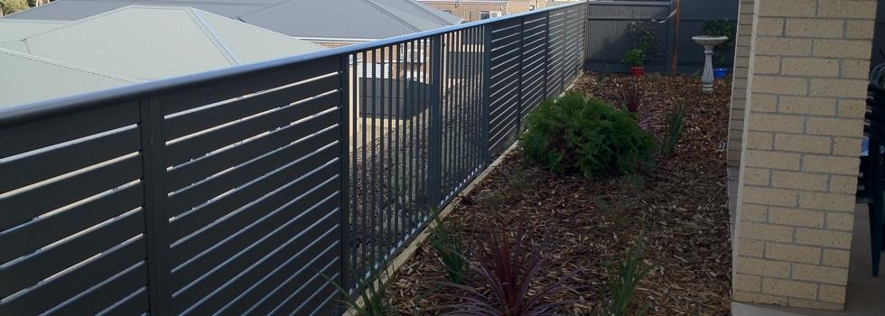 Kwikfynd Aluminium railings 182