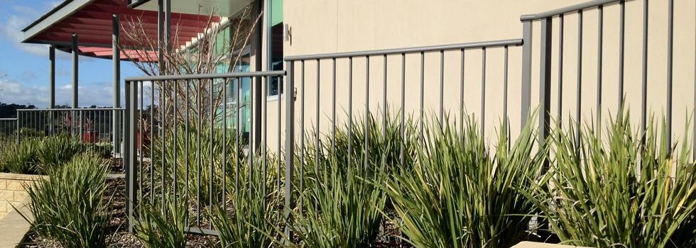 Aluminium railings 193