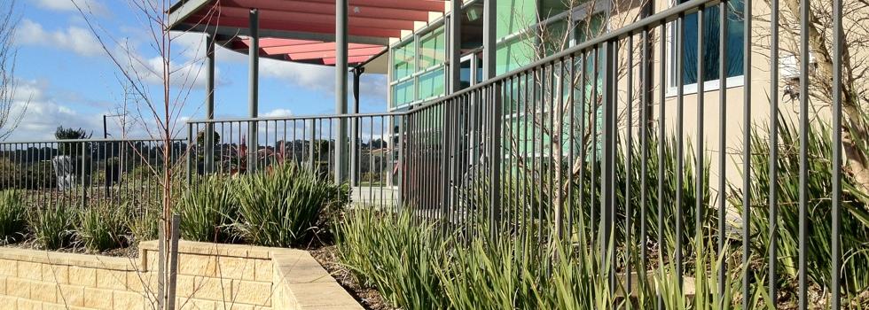 Kwikfynd Aluminium railings 194