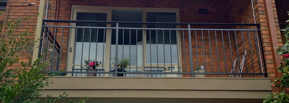 Kwikfynd Aluminium railings 199