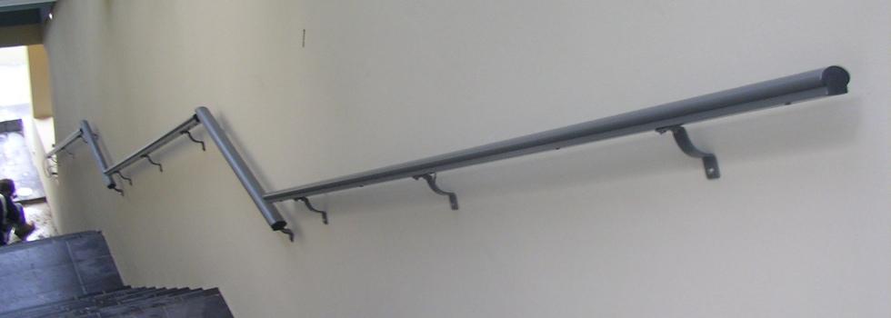 Kwikfynd Aluminium railings 206