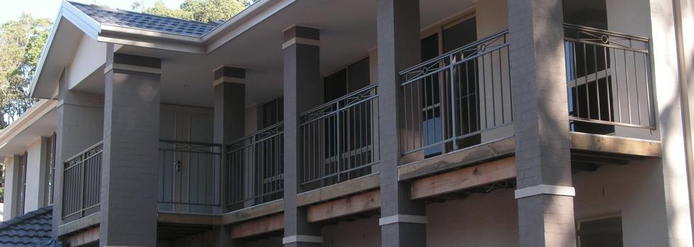 Kwikfynd Aluminium railings 215