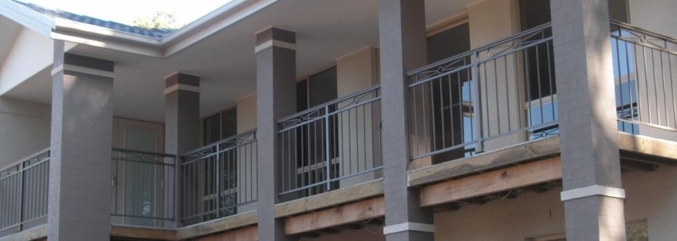 Kwikfynd Aluminium railings 217