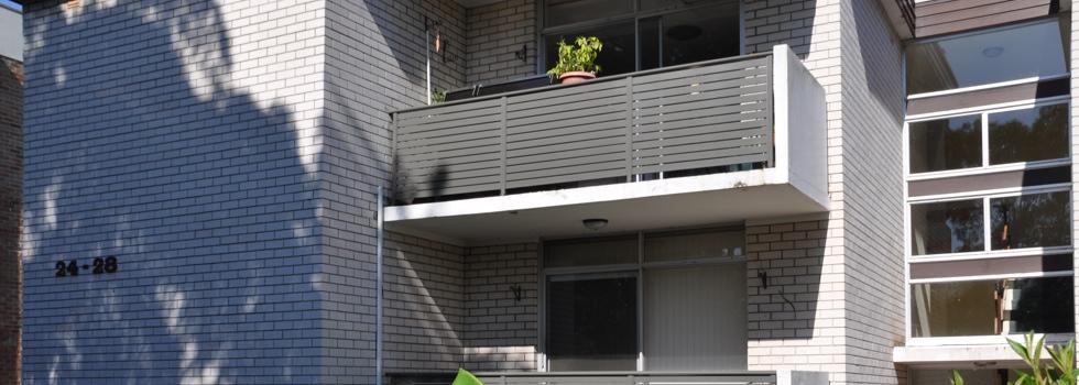 Kwikfynd Aluminium railings 23