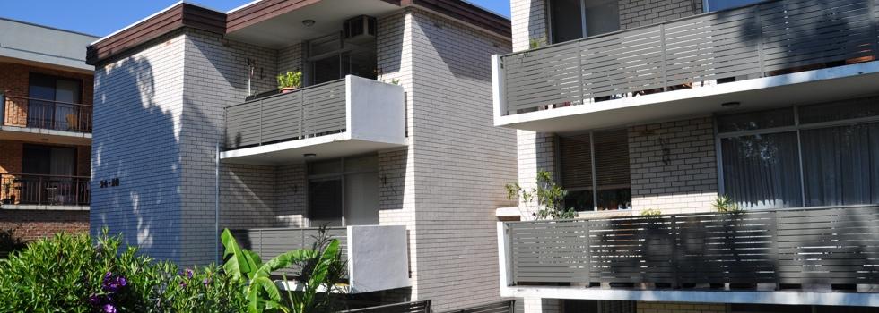 Kwikfynd Aluminium railings 25
