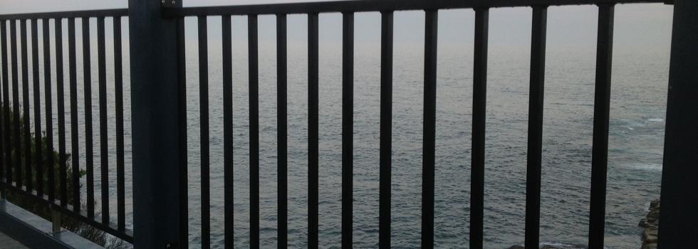 Kwikfynd Aluminium railings 3