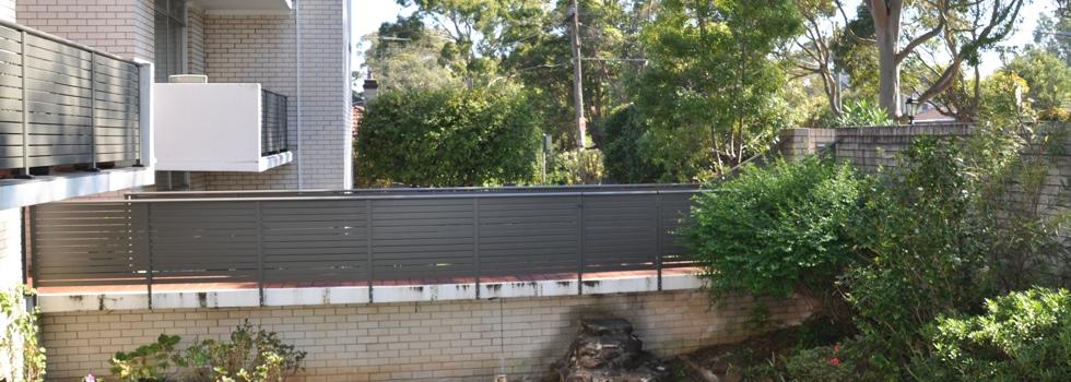 Kwikfynd Aluminium railings 32