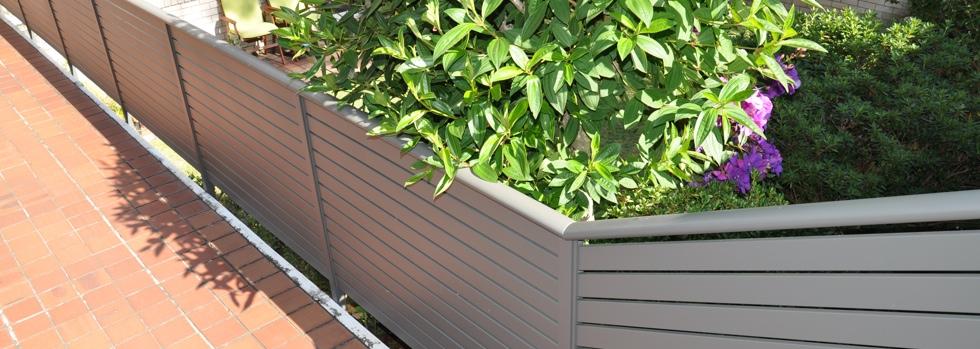 Kwikfynd Aluminium railings 33