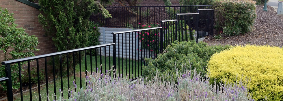 Kwikfynd Aluminium railings 63