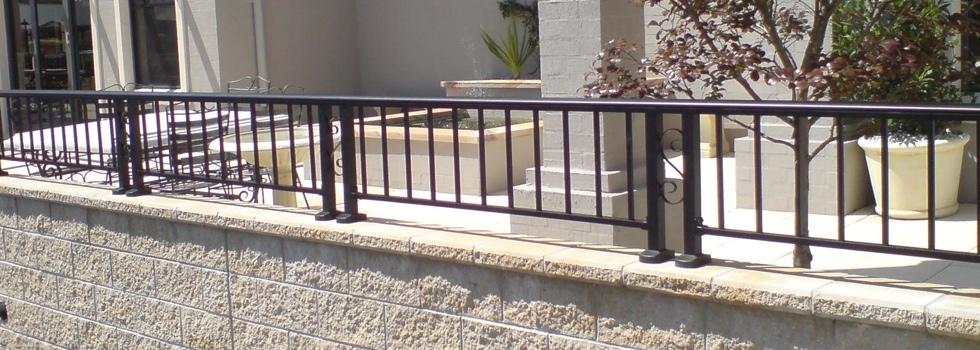 Kwikfynd Aluminium railings 90