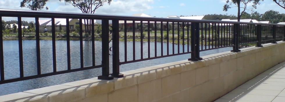 Aluminium railings 92