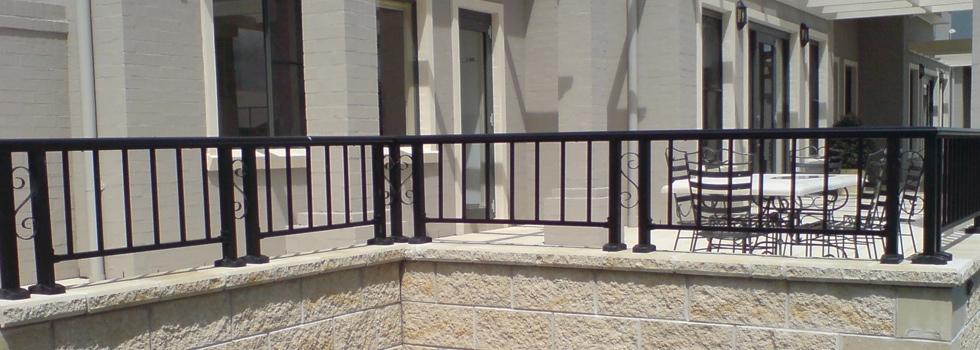Aluminium railings 93