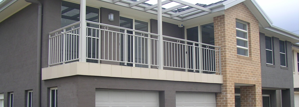 Balcony balustrades 111