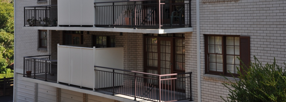 Balcony balustrades 31
