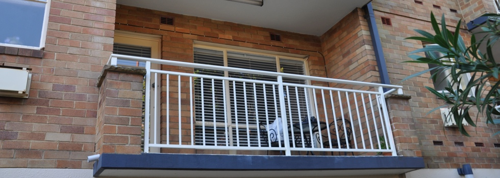 Balcony balustrades 38