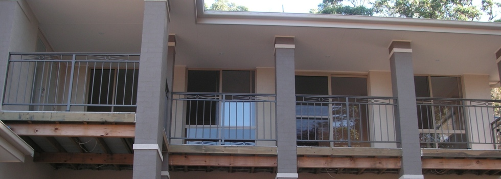 Balcony railings 118