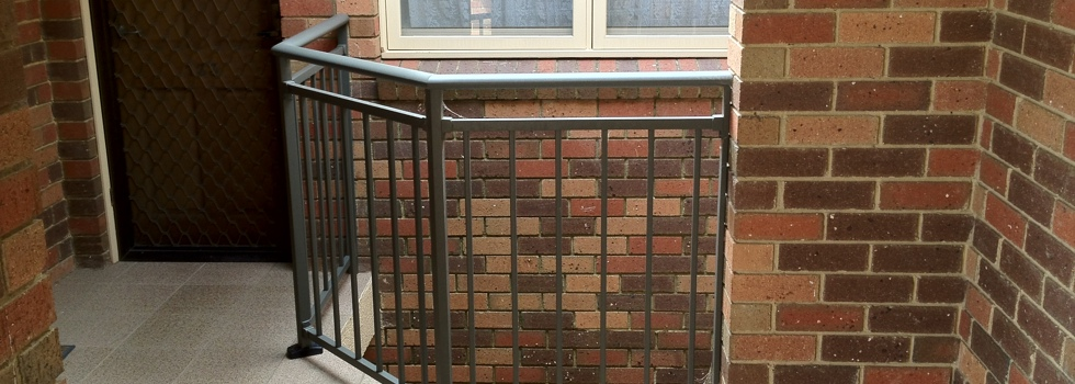 Balcony railings 98